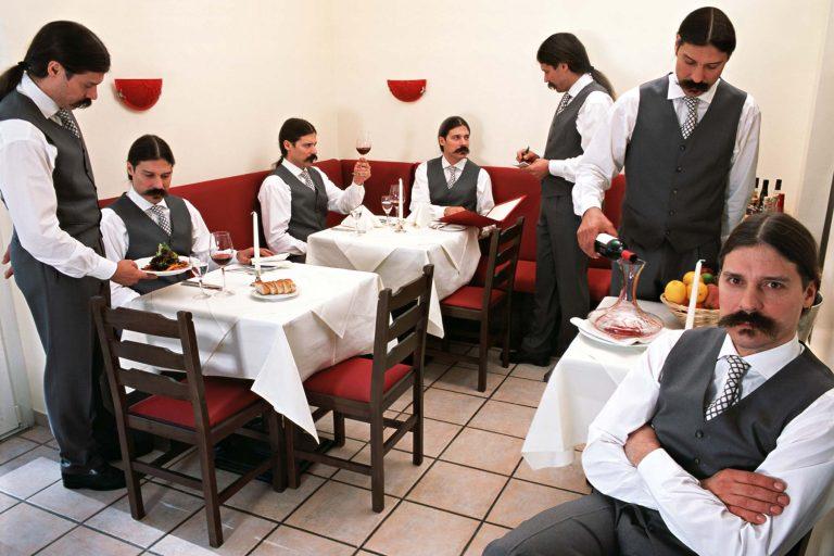 Restaurant - Fotografie Multiple Identity 1
